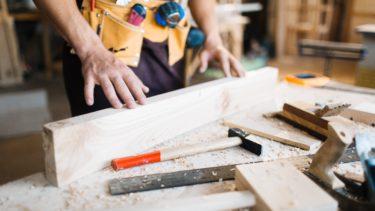 建設業許可の大工工事業を取る方法【条件から該当する工事まで解説】